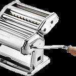 Machine à pate argenté avec une manivelle